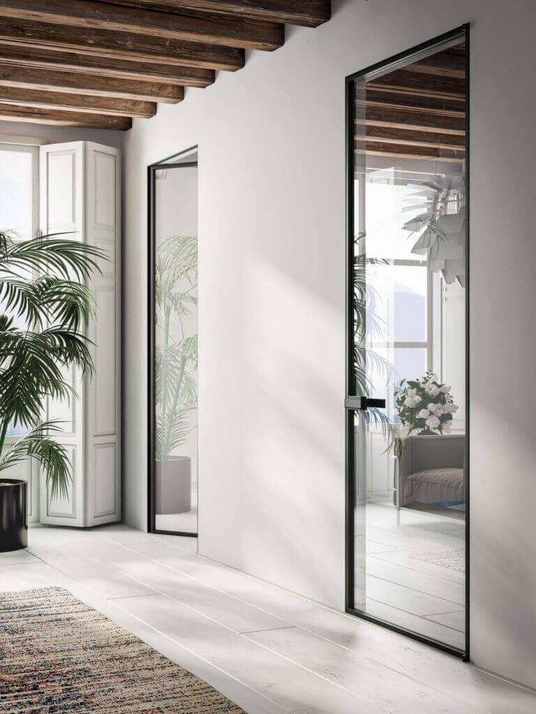 Дизайнерска идеи за стъклена интериорна врата